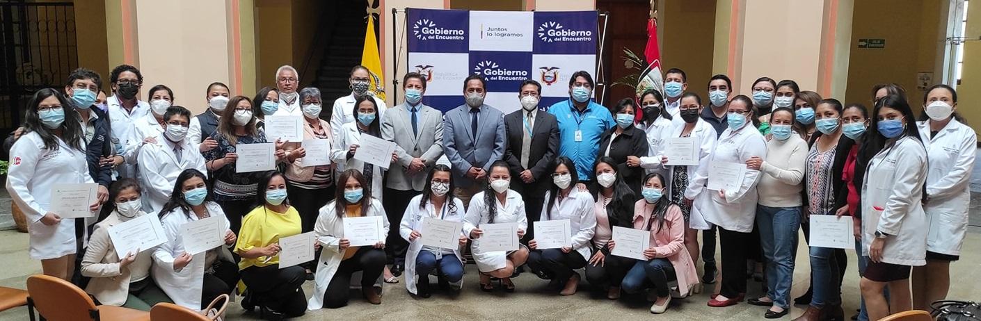 Gobernador Fernando Gavilanes en el acto de reconocimiento a los médicos y enfermeras del Ministerio de Salud Pública (MSP) que han enfrentado y enfrentan la emergencia sanitaria provocada por el Covid 19.